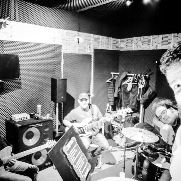FLEMT new band pics